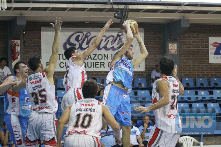 Lucas Goldenberg fue una de las figuras en el equipo de Paraná. Metió un pase de lujo