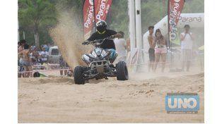 Convocantes. Los cuatriciclos siempre brindan espectáculo en la arena.  Foto UNO/Juan Ignacio Pereira