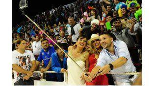 17 mil personas vivieron la segunda noche del Carnaval del País