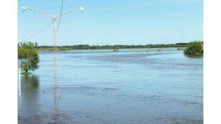 Santa Fe: El Salado desbordó en Esperanza