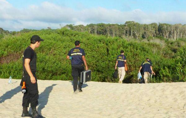 Hallaron la mochila de Lola Chomnalez a escasos 150 metros de donde apareció el cadáver