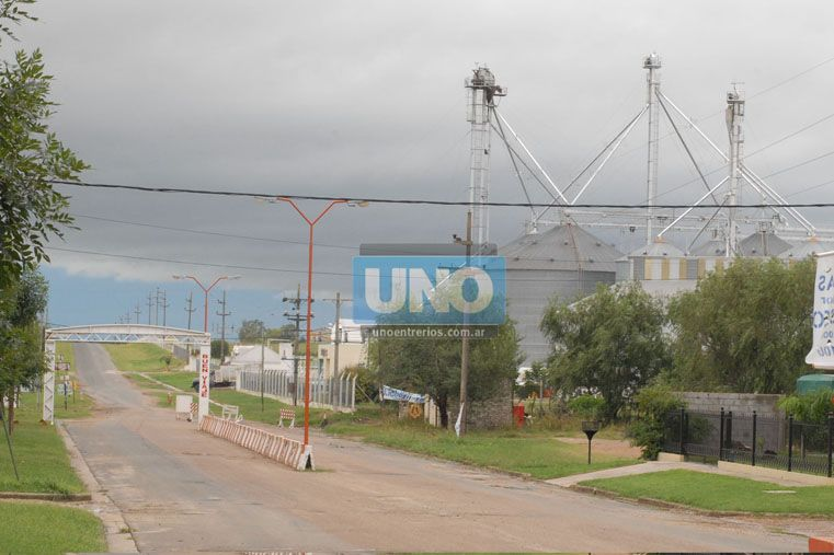 Reestablecen el servicio de energía eléctrica y agua en Aranguren, tras el temporal