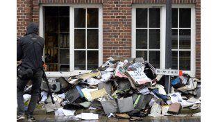 Incendio en un periódico de Hamburgo que publicó viñetas de Charlie Hebdo