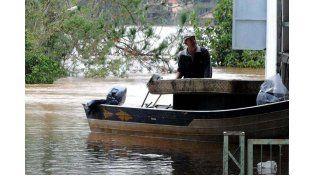 En Santa Lucía. Sobre la ribera del río Paraná