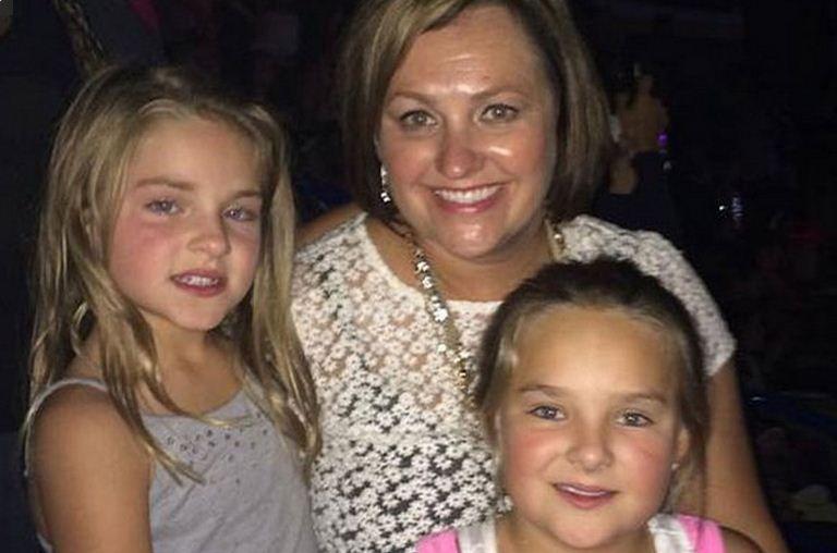 Una niña de 7 años sobrevivió al accidente aéreo en el que murió su familia