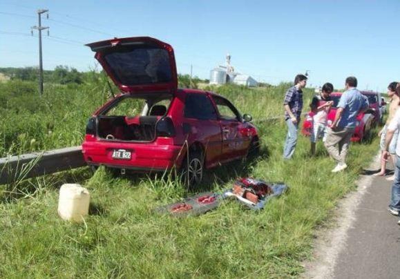 Regresaban de una fiesta y sufrieron grave accidente contra un ómnibus en la Ruta 127