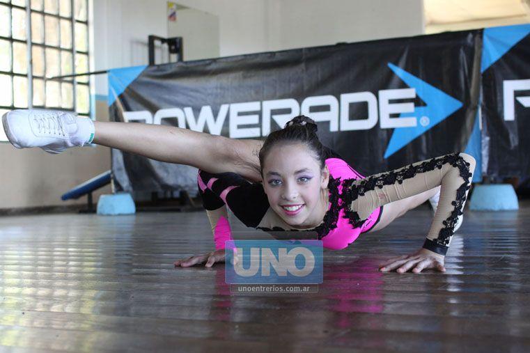 Mundialista. Priscila Jaime tiene 12 años y en 2015 vivirá su primer Mundial. Es paranaense y competirá en Individual Juvenil A.  (Foto UNO/Juan Ignacio Pereira)