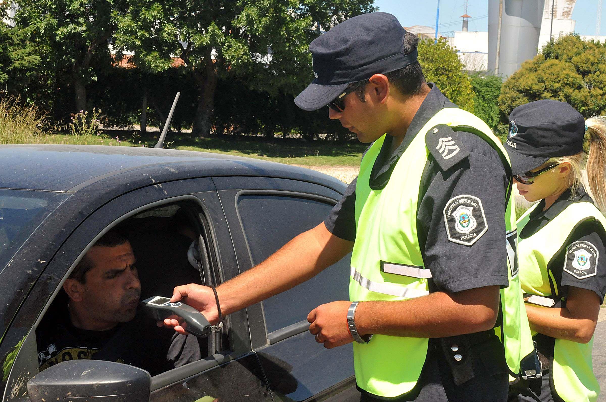 Las multas por conducir alcoholizado pueden llegar a $30.000 y retención de carné por un año