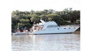 Un hombre murió al inhalar monóxido de carbono mientras descansaba en un barco