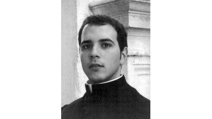 Calendario Curas Vaticano 2019.Un Calendario Atipico Con Los Sacerdotes Mas Lindos Del Vaticano