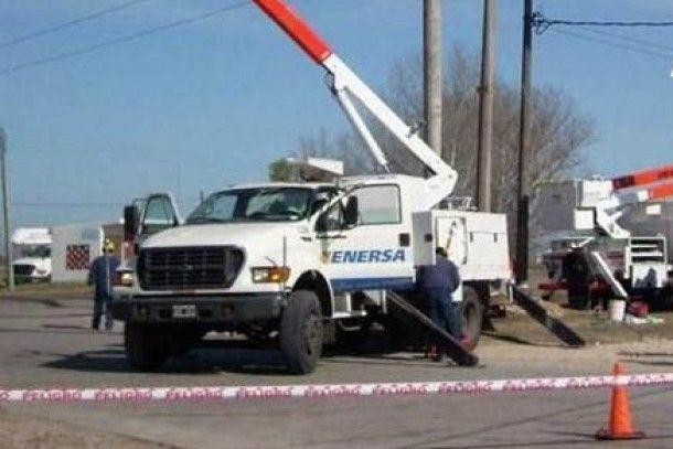 Tras la tormenta se busca normalizar el servicio eléctrico en la provincia