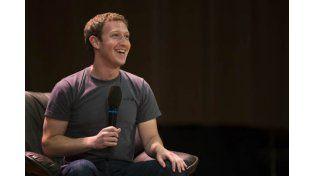 Palabra de Zuckerberg: Los smarthphones morirán en 10 años