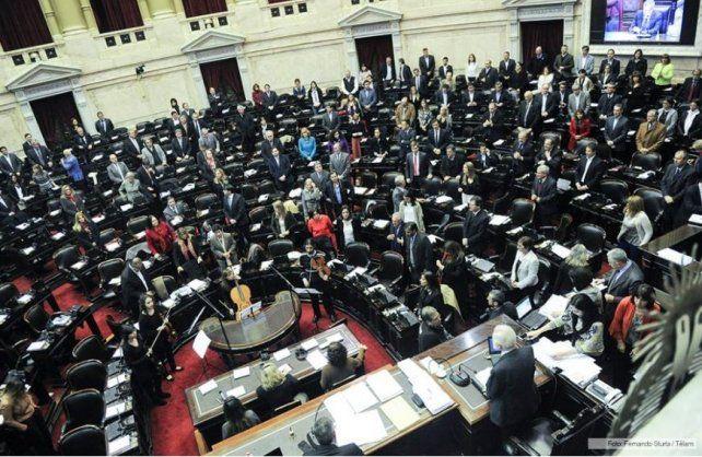 Diputados debaten el proyecto de blanqueo y el pago a los jubilados