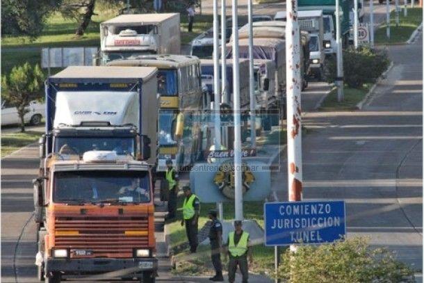 Finde largo con restricciones a camiones