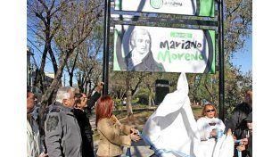 Ferraresi inauguró la Plaza Mariano Moreno con la imagen de Juan José Castelli @prensamda