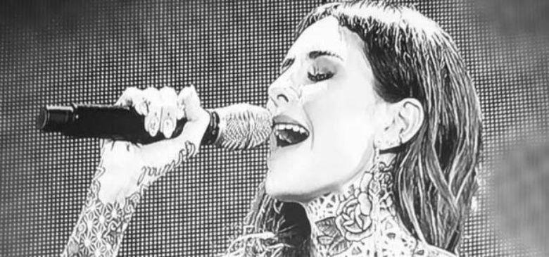 Candelaria Tinelli se anima un poco más: ahora interpretó un tema de Abel Pintos