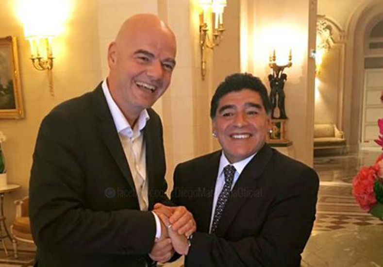 Maradona respaldó a Infantino