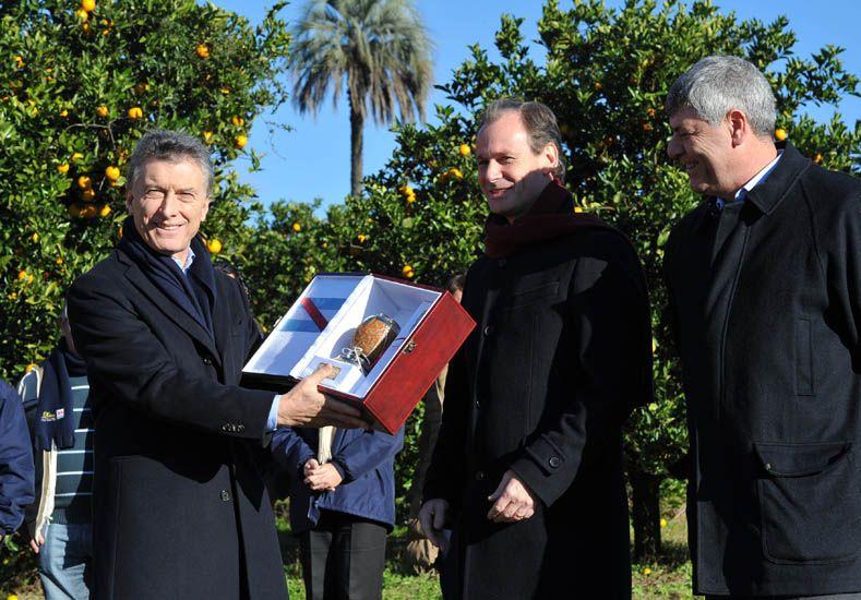 Macri y Bordet contentos con las inversiones de Coca Cola. Foto ministerio de Cultura y Comunicación.