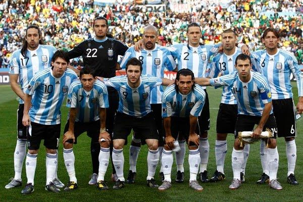 La Selección Argentina de fútbol está entre los 10 mejores.