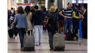 Paro por 48 horas en todos los aeropuertos del país