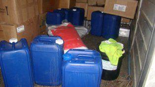Incautaron 160 litros de una sustancia usada para elaborar cocaína
