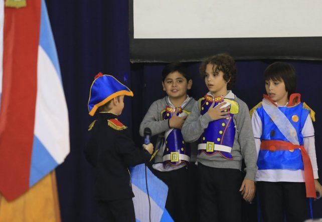 Promesa y actos en honor a la bandera