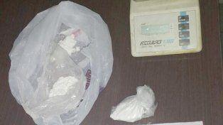 Secuestraron cocaína y marihuana en tres allanamientos en División Los Andes