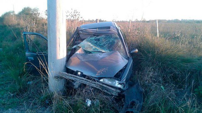 Falleció el joven que iba en el auto que impactó contra un poste