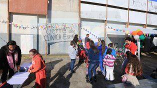 Trabajadores de la Clínica España hicieron un festival para sostener el reclamo