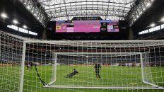 un estadio con techo retractil y refrigeracion central, para ee.uu.-argentina