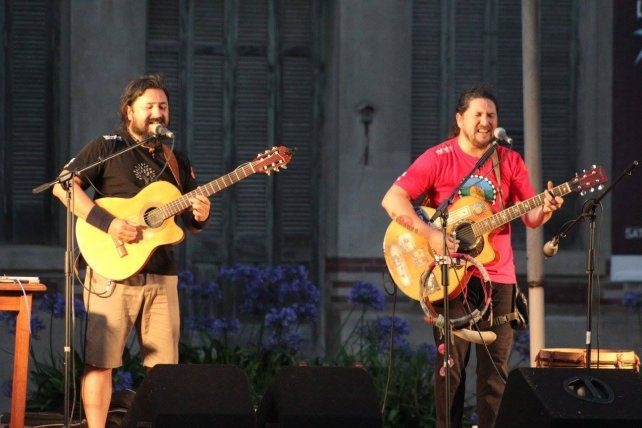 Hermanos. Pablo y Marino Oroza Coliqueo