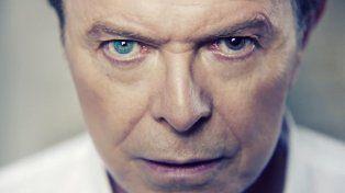Subastan mechón de pelo de David Bowie