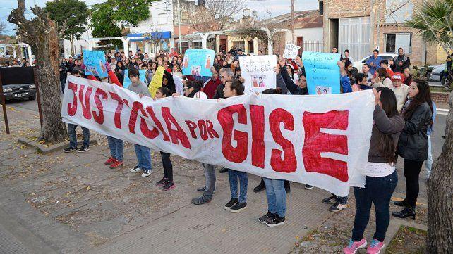 Trasladaron a la cárcel a los detenidos por el asesinato de Gisela López
