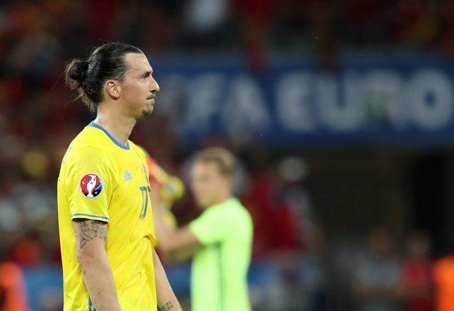 Ibrahimovic se quedó sin Eurocopa y se despidió de la selección