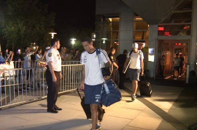 Tras la derrota, la Selección llega a la Argentina esta tarde