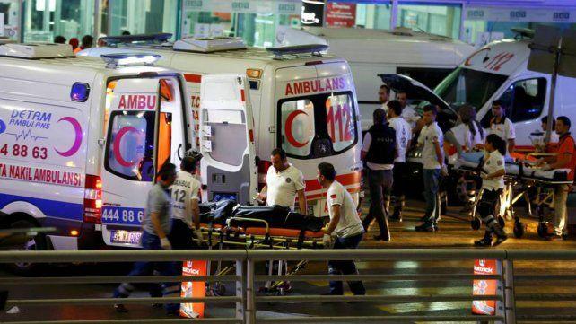 Atentado en Estambul: al menos 50 muertos y decenas de heridos