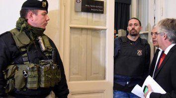 perez corradi dijo que pago cien mil dolares a interpol para evitar que lo detuvieran