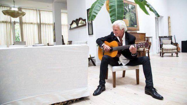 Trayectoria. Sergio Denis festejó 40 años de carrera.