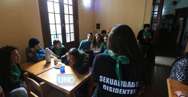 La reunión en Paraná se realizó en el bar de San Martín y Colón. Foto UNO Diego Arias.