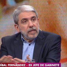 anibal fernandez en la tv publica cuestiono a los periodistas: ¿los manda el patroncito?