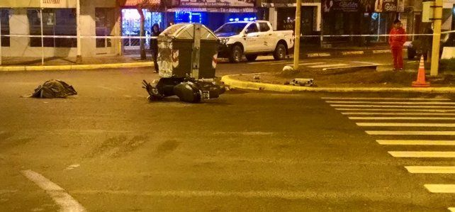 Una mujer murió tras ser chocada por una moto en Echagüe y Alsina