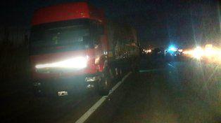 Choque de camiones en la Autovía 14