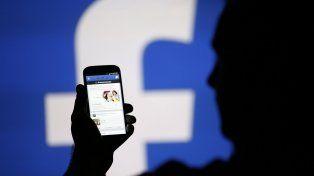 Es verdad que Facebook comenzará a compartir datos privados de los usuarios?