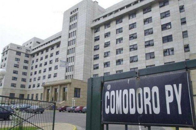 Megaoperativo en Comodoro Py por la llegada de Cristina, Lázaro Báez y Pérez Corradi