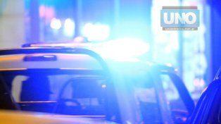 Un joven motociclista murió y se cree que estaba corriendo picadas