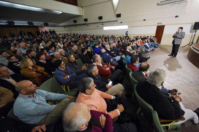 El tarifazo eléctrico fue analizado en una audiencia pública informativa