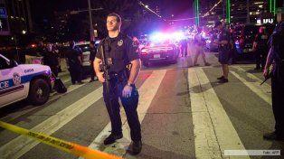 Francotiradores mataron a seis policías durante una protesta por violencia racial