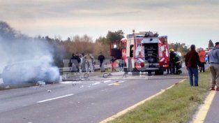 Choque e incendio en la ruta a Zárate: hay un muerto