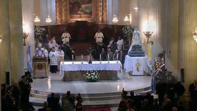Macri participó del Tedeum por el Bicentenario