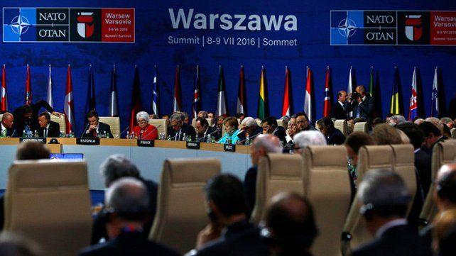 Gorbachov: La OTAN se prepara para la guerra con Rusia